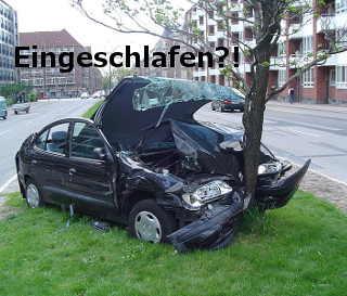 Autounfall - Eingeschlafen