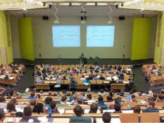 Universität - Hohes Bildungsniveau