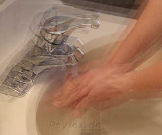 Zwang sich zu waschen