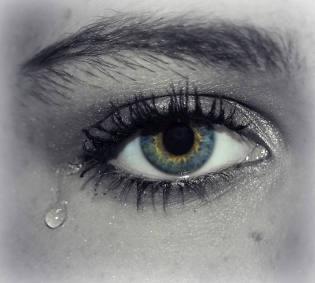 weinen-traene-auge